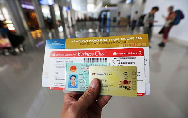 Chứng minh thư khách hết hạn thì làm sao để đặt vé máy bay?