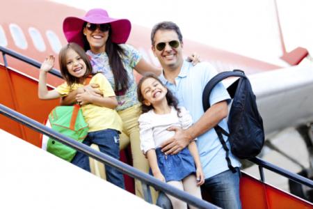 Tùy đối tượng khách hàng sẽ có các yêu cầu khác nhau về giấy tờ khi đi máy bay